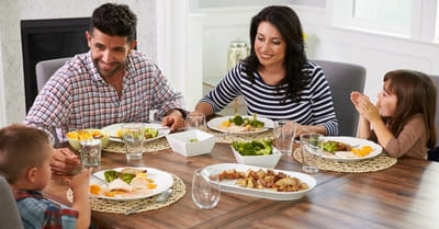 10 Big Blessings that Come from Daily Family Dinners