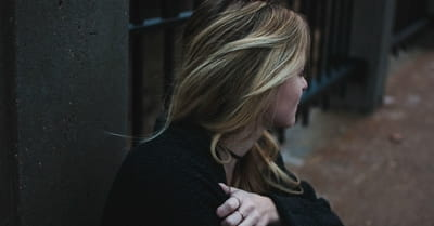 5 Sure Signs of Being Emotionally Drained: And How to Find Renewal Again