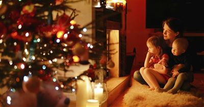 5 Ways to Build the Spirit of Christmas in Your Home