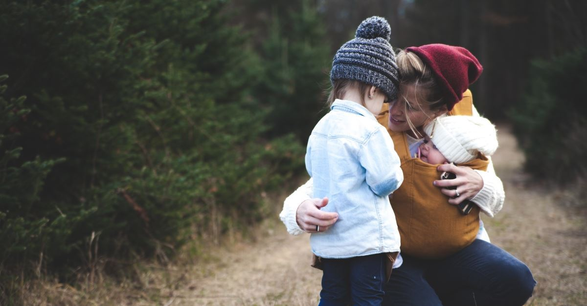9 Simple Ways to Talk with Your Kids about God in Everyday Life