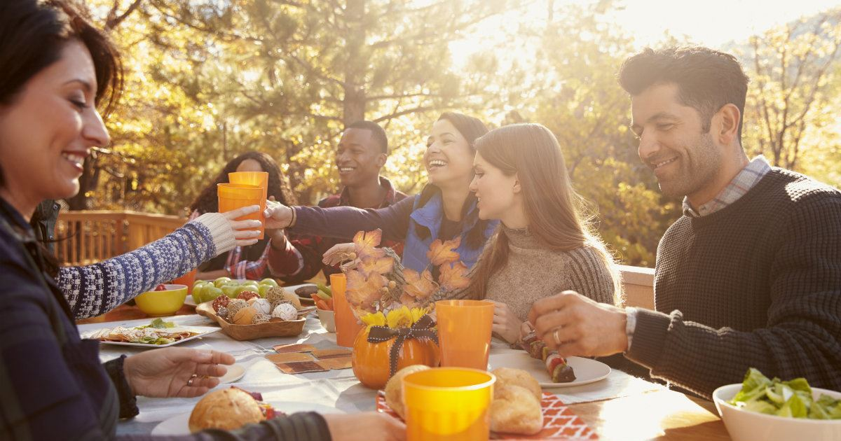 10 Fun Fall Activities That Bring People Together