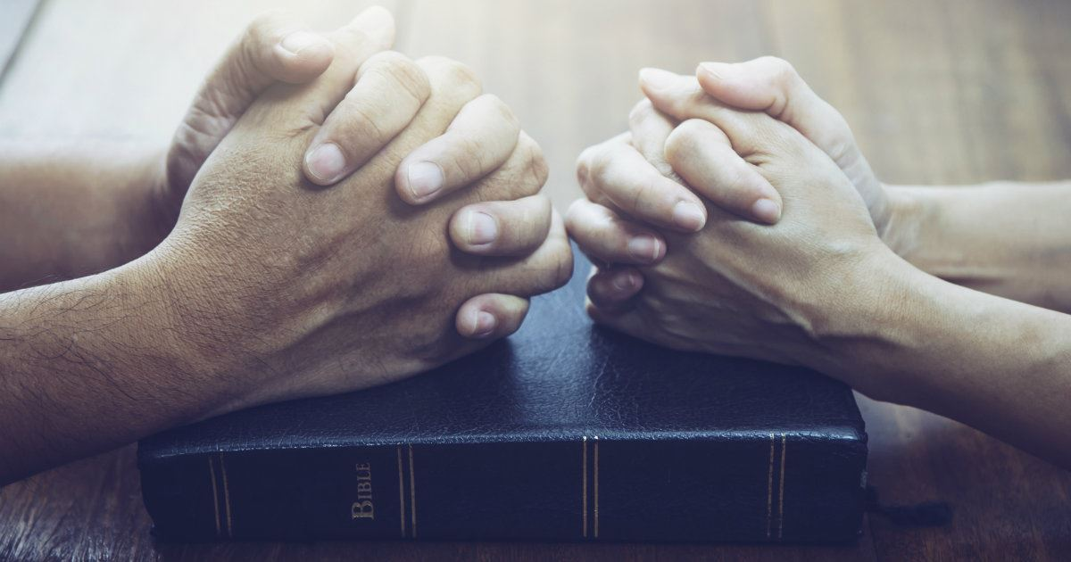10 Prayers for a Hurting Marriage