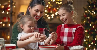 Busy Moms and the Holidays: How Do They Do it All?