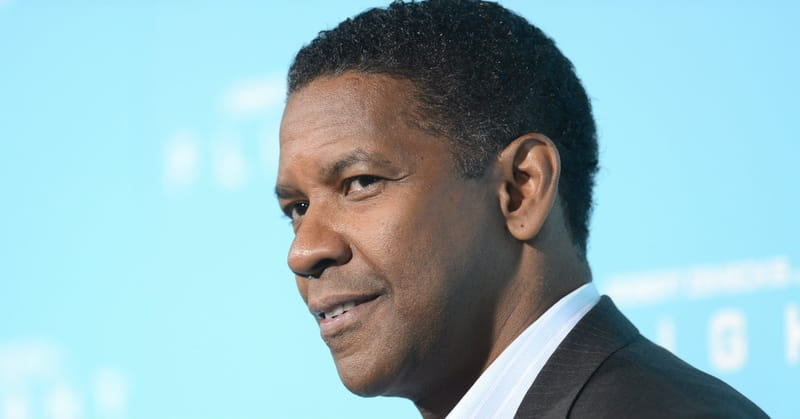 Denzel Washington Tells Graduates: 'Put God First'