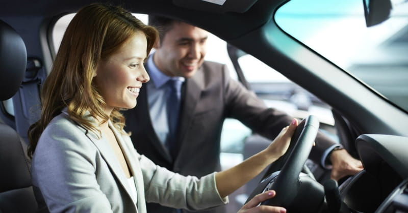Single Mom Prays for Miracle to Afford New Car, Stranger Comes Forward to Pay in Full