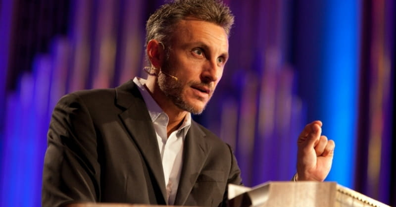 Florida Church Defends Decision to Hire Tullian Tchividjian after he Admitted to Affair