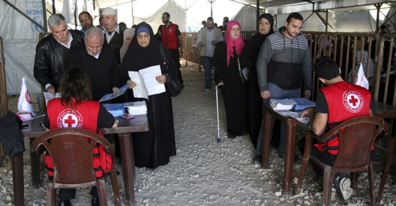 Does Obama Administration Favor Muslim over Christian Refugees?