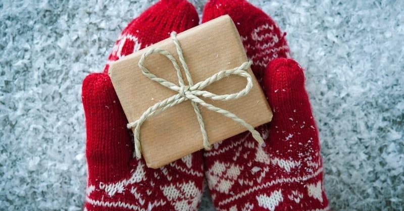 Season's Readings: Christmas Shopping List