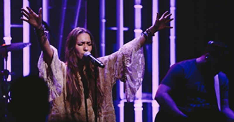 Christian Singer Lauren Daigle Performs on Good Morning America