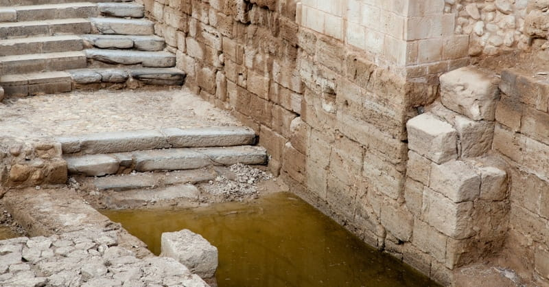 Christians Gather at Site of Jesus' Baptism, Despite Threat of Landmines