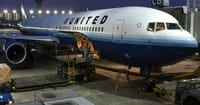 United Removes Passenger, Creates Internet Frenzy