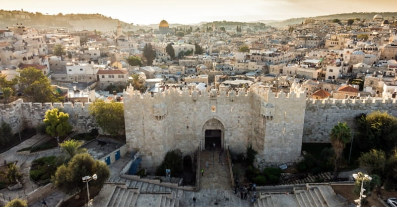 Franklin Graham Hosts Special Easter Program 'Return to the Holy Land'