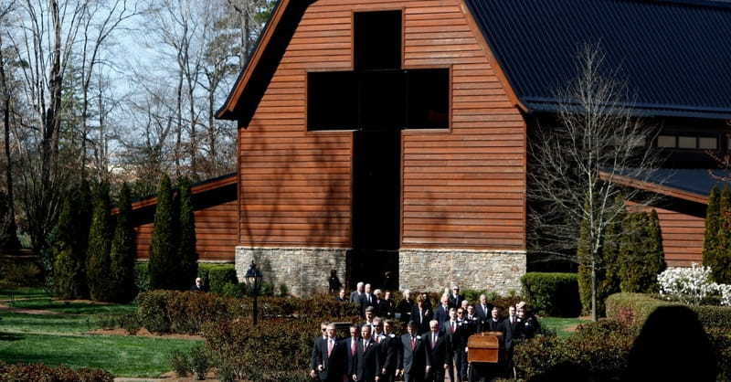 Thousands Coming to Christ through Billy Graham's Legacy, Even after His Death