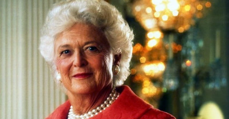 Barbara Bush in Failing Health, Declines Medical Treatment