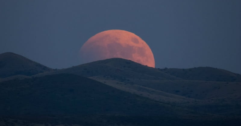 Lunar Eclipse, Blood Moon Set to Appear: A Sign of the End Times?