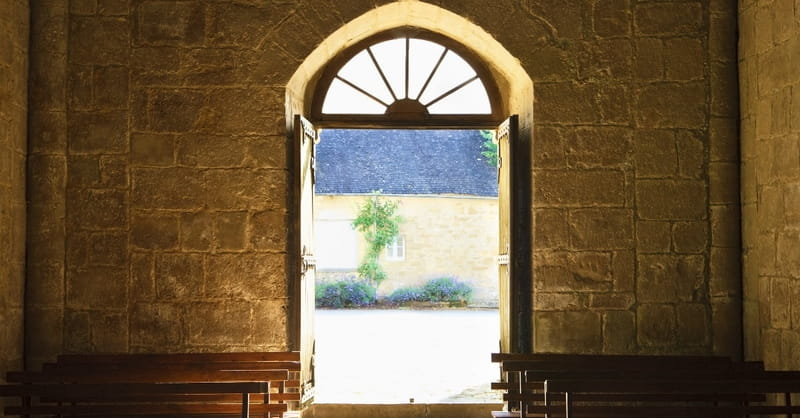 New Survey Explores Why People Don't Attend Church
