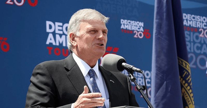 "Franklin Graham Asks Oregonians to Pray Their Governor Will ""Get Saved"""