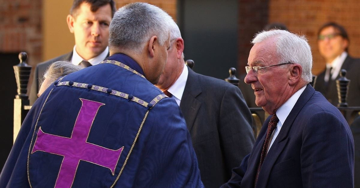 Lifelong Atheist, Former Australian Governor-General Bill Hayden Baptized at 85