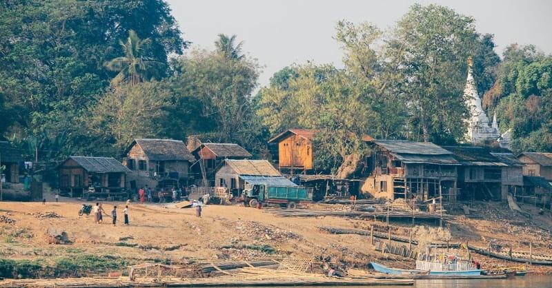Rebels in Burma Detain More than 90 Christian Leaders, Shut Down More Churches