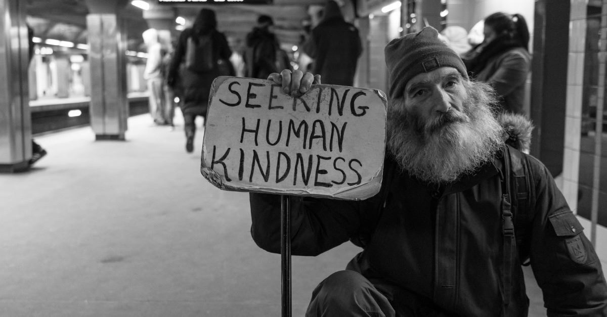 Pastor James MacDonald Disguises Himself as Homeless Man to Measure Church's Compassion