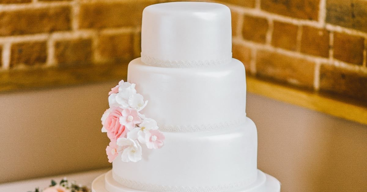 Oregon Bakery Fined For Not Baking Same Sex Marriage Cake Appeals To