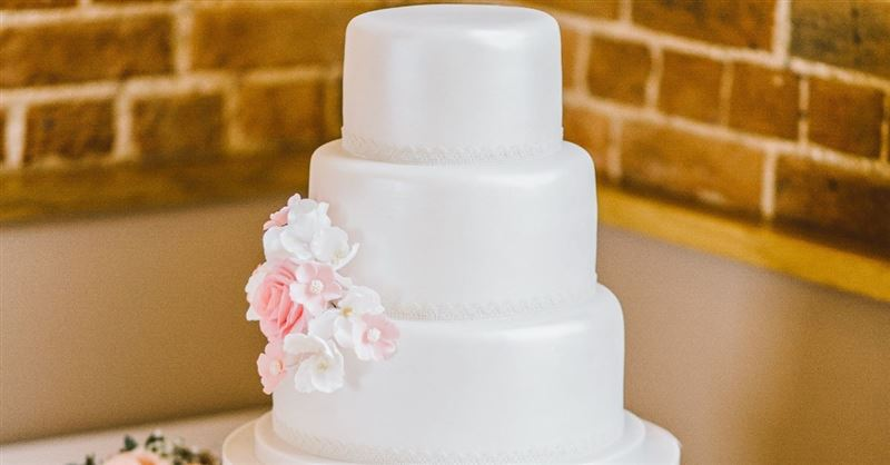 Oregon Bakery Fined for Not Baking Same-Sex Marriage Cake Appeals to Supreme Court