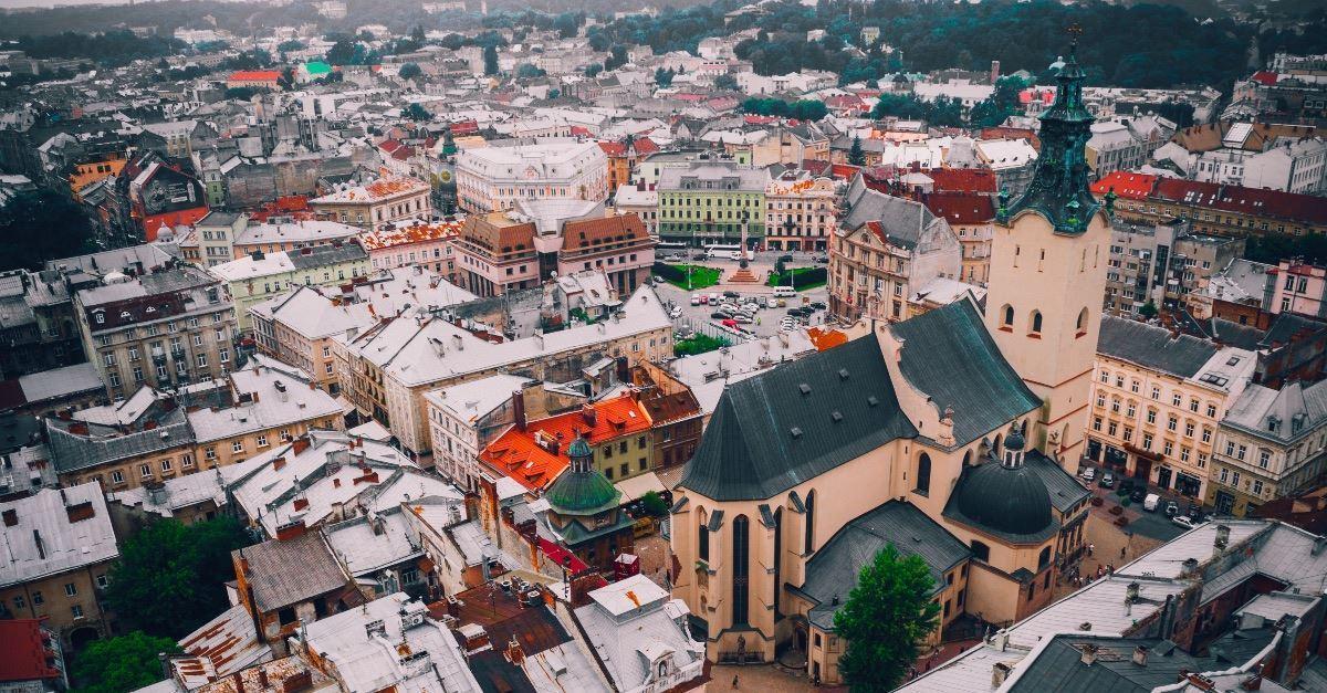 Russian Rebels in Ukraine Shut Down Churches
