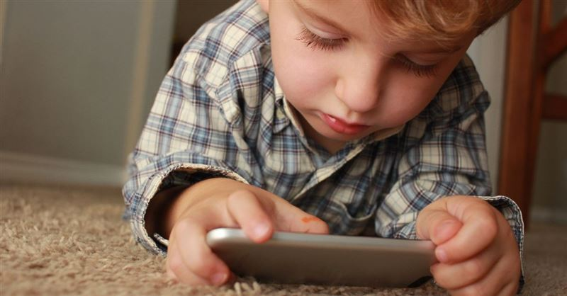 Before Your Kids Get a Smartphone: A Question to Ask