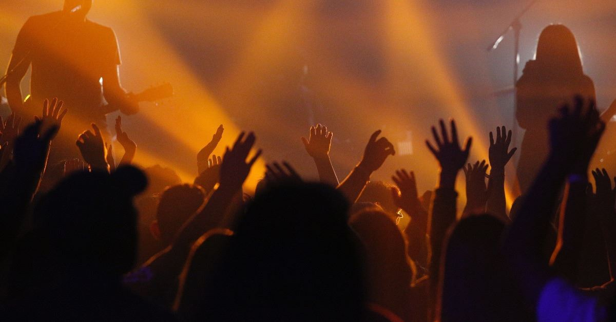 <em>The Voice</em> Contestant Kymberli Joye Praises Jesus with Popular Gospel Song