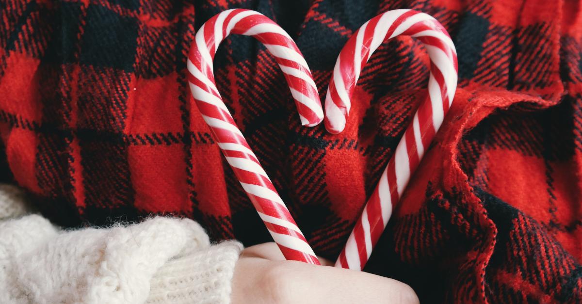 School Principal Forbids Christmas Decorations