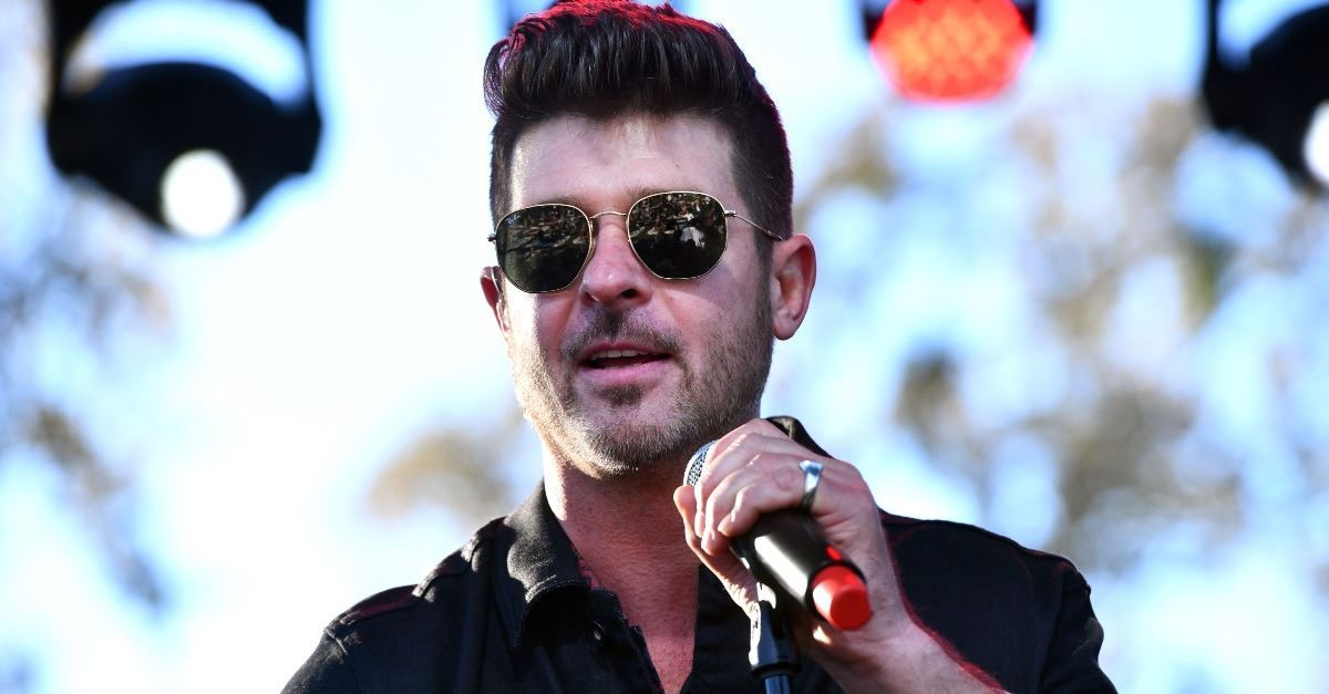 Singer Robin Thicke Experiences Spiritual Awakening Following Father's Death, Girlfriend's Miscarriage