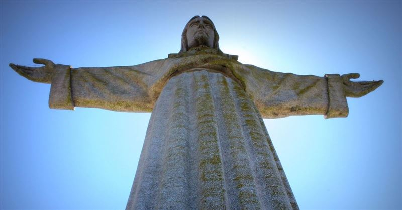 World's Tallest Statue of Jesus Is Goal of 'Bella' Actor Eduardo Verástegui