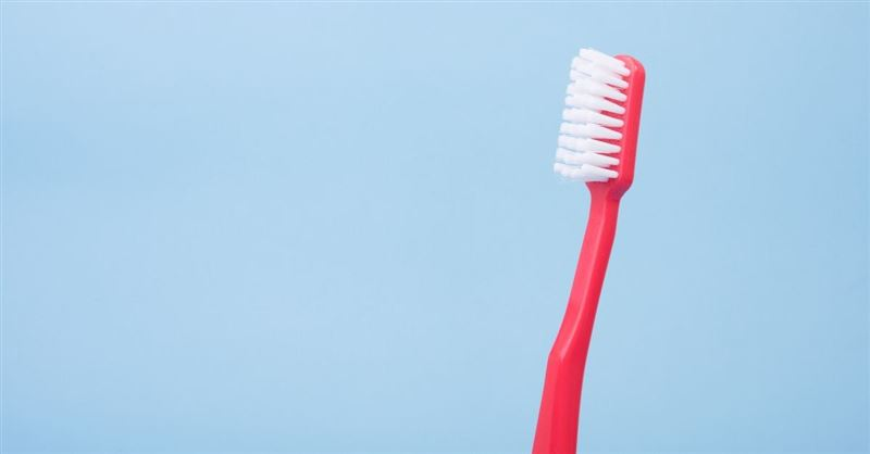 A Toothbrush Can Clean Your Teeth in 10 Seconds