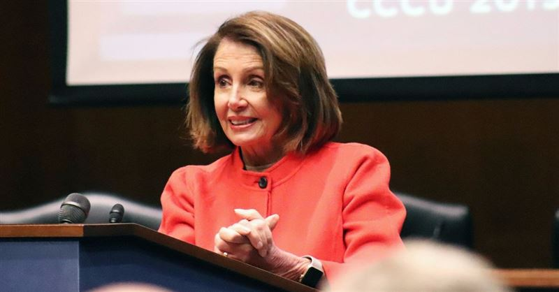Pelosi, DeVos Address Christian Educators on Policy and Faith