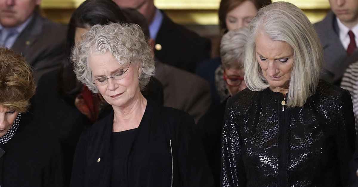 Anne Graham Lotz Ends Cancer Treatment, Says She Believes God Has Healed Her