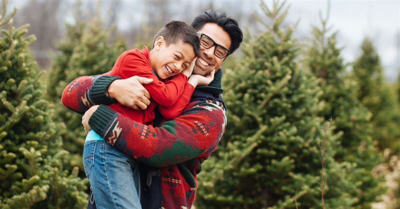 Dads, Take Your Kids to Church!: Fathers' Outsized Role in Children's Faith