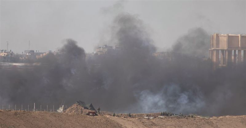 Israel Bombs the Gaza Strip after Hamas Rocket Attacks