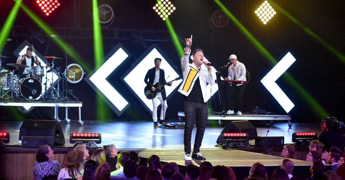 Matthew West Premieres Powerful Pro-Life Song to Be Featured in New Movie <em>Unplanned</em>
