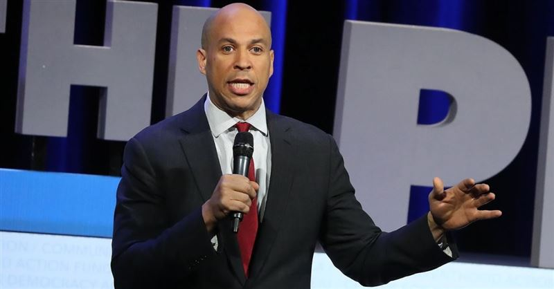 Cory Booker Introduces Slavery Reparations Bill in the Senate