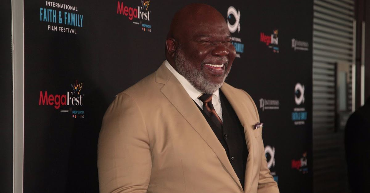 Pastor T D  Jakes Shares Why Periods of Pressure Can Lead to