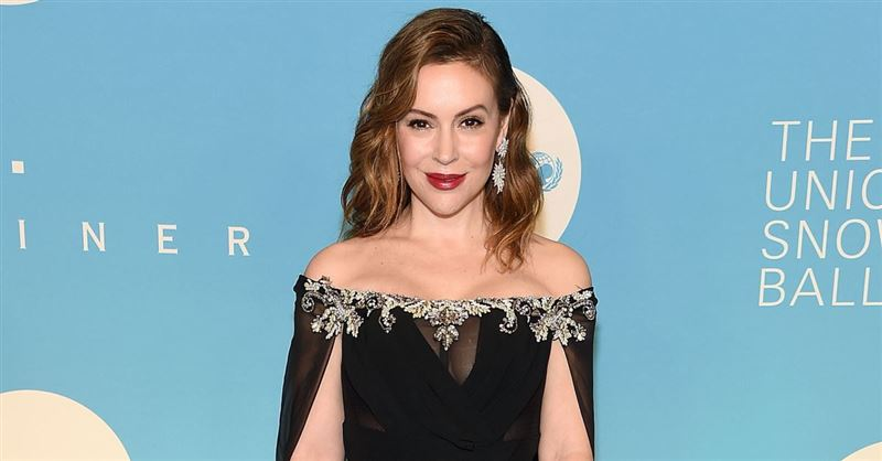 Alyssa Milano Urges Pro-Choice Women to Stop Having Sex, and Pro-Lifers Cheer