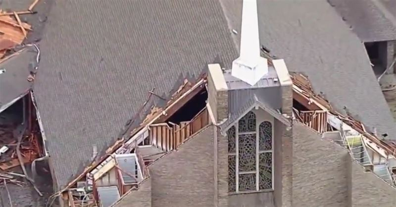 Church Cancels Services 25 Minutes Before 85 MPH Winds Destroy Roof