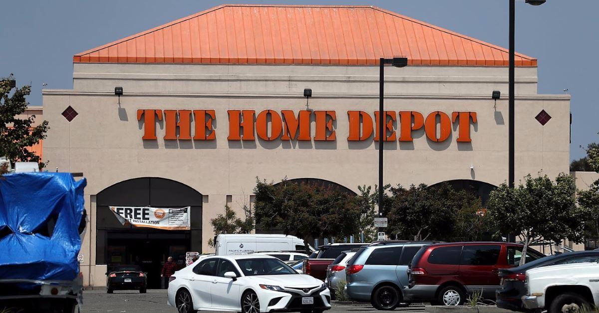 Popular Internet Pastor Calls Liberals Boycotting Home Depot 'Buck Wild Crazy'