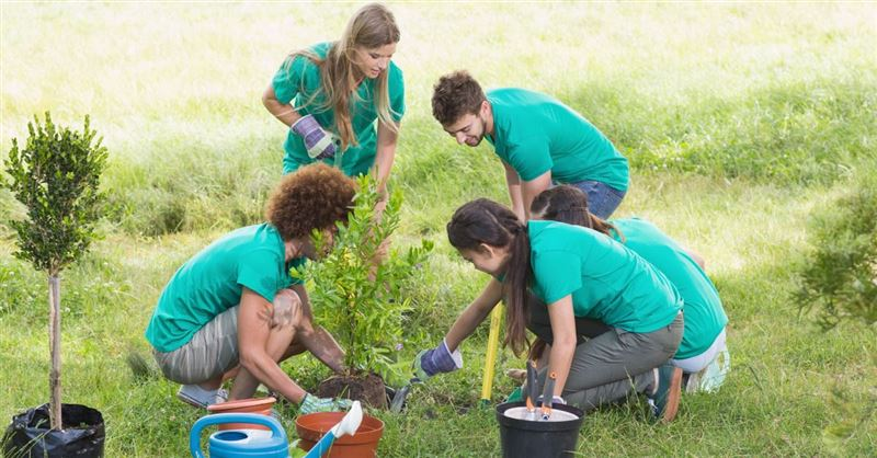Texas Teenagers Commit Their Summers to Helping Others