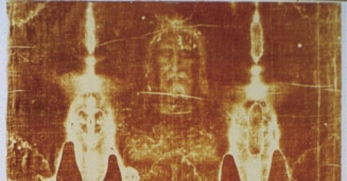 Researchers Find 1988 Dating of the Turin Shroud 'Unreliable,' Call for New Tests