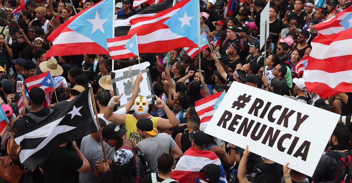 Thousands Gather in Puerto Rico to Pray for and Protest the Government following Governor's Mismanagement