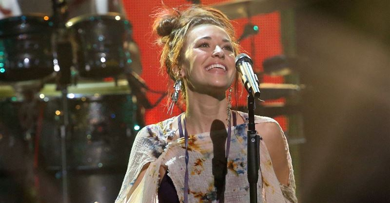 Lauren Daigle's <em>Look Up Child</em> Tops the Billboard Charts for 39 Weeks, Setting New Record