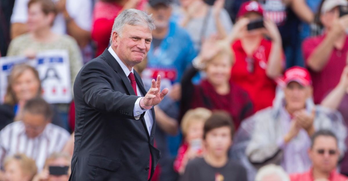 Franklin Graham Congratulates 2020 Hopeful Tulsi Gabbard on Winning Debate, Asks People to Pray for 2020 Election