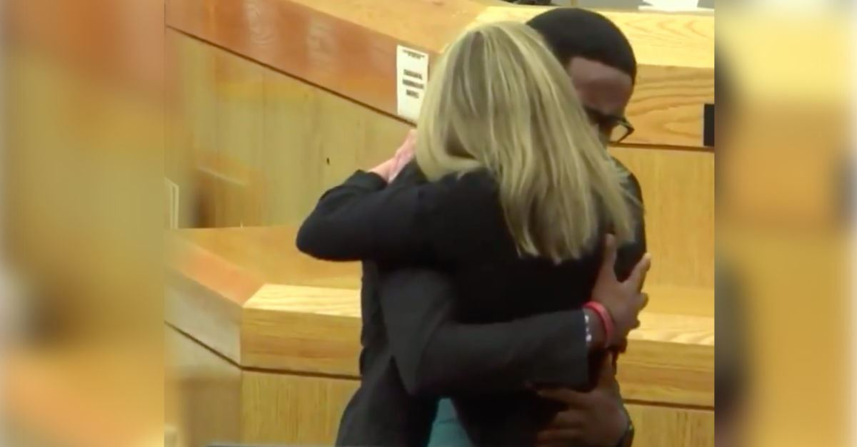 'Give Your Life to Christ' — Brother Forgives, Hugs Ex-Cop Who Killed Botham Jean