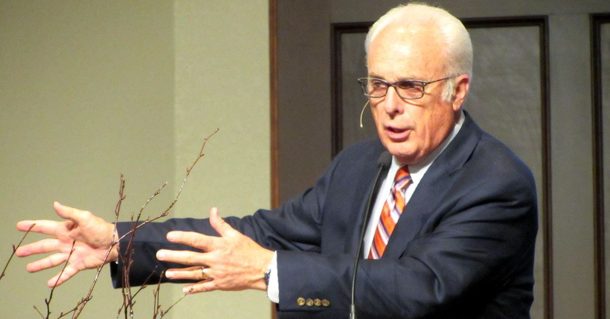 Pastor Responds to John MacArthur Telling Beth Moore to 'Go Home'